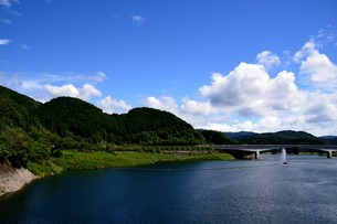 阿木川湖の写真素材 [FYI02990743]