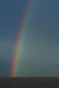 虹湧く九州干潟の地の写真素材 [FYI02990771]