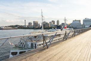 横浜の大桟橋の風景の写真素材 [FYI02990812]