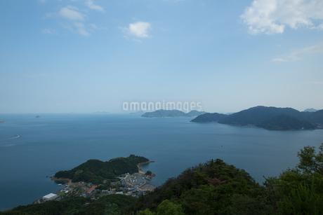 快晴の瀬戸内海の写真素材 [FYI02991233]
