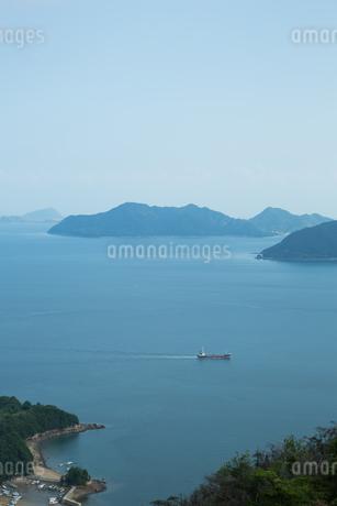 穏やかな瀬戸内海の風景の写真素材 [FYI02991237]