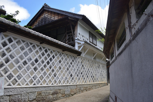 なまこ壁 岩村町の写真素材 [FYI02991572]