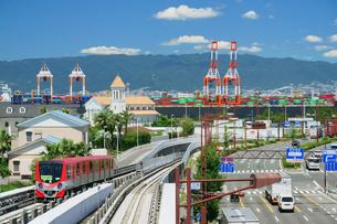 大阪南港のニュートラムの写真素材 [FYI02992195]