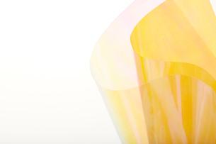 オーロラシートと黄色のセロハンの写真素材 [FYI02993556]
