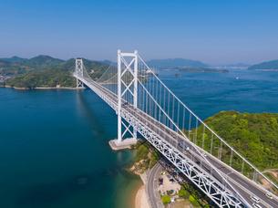 ドローンによるしまなみ海道の因島大橋の写真素材 [FYI02993606]