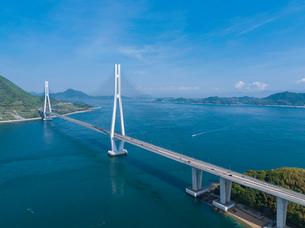 ドローンによるしまなみ海道の多々羅大橋の写真素材 [FYI02993617]
