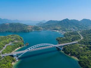 ドローンによるしまなみ海道の大三島橋の写真素材 [FYI02993624]