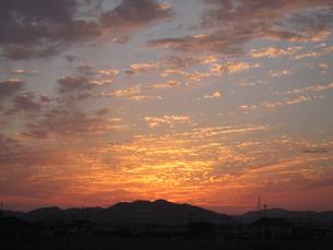 朝焼けの空の写真素材 [FYI02993949]