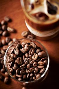 コーヒー豆の写真素材 [FYI02994060]