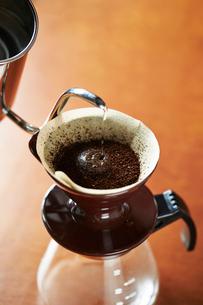 ドリップコーヒーの写真素材 [FYI02994067]