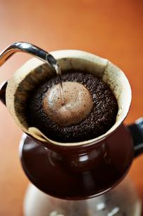 ドリップコーヒーの写真素材 [FYI02994068]