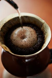 ドリップコーヒーの写真素材 [FYI02994070]