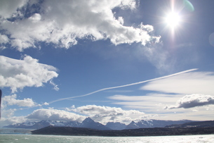 パタゴニアの氷河と青空の写真素材 [FYI02994358]