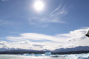 パタゴニアの氷河と青空の写真素材 [FYI02994359]