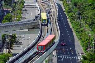 大阪南港のニュートラムの写真素材 [FYI02994438]