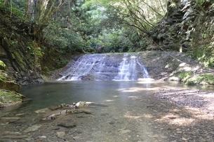 牧馬小滝の写真素材 [FYI02995475]