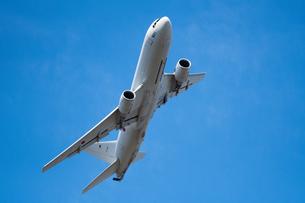 航空自衛隊 空中給油機の写真素材 [FYI02995643]