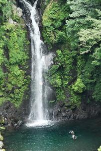 清水市の大棚の滝の写真素材 [FYI02995738]