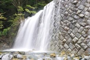 ゴーラ沢出合の堰堤の写真素材 [FYI02996437]
