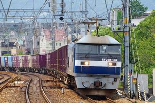 JR神戸線の貨物列車の写真素材 [FYI02996820]