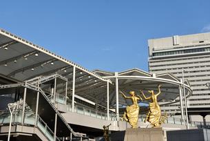 リニューアルした広島駅北口の写真素材 [FYI02996906]