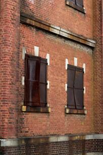 被ばく建物(広島陸軍被服支廠)の写真素材 [FYI02996909]