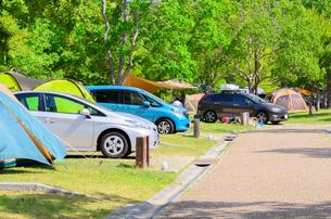 オートキャンプ場の写真素材 [FYI02996966]