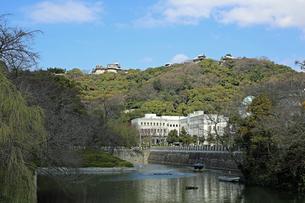 堀之内からの松山城の写真素材 [FYI02997251]