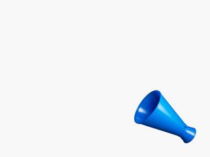 青いメガホンの写真素材 [FYI02997688]