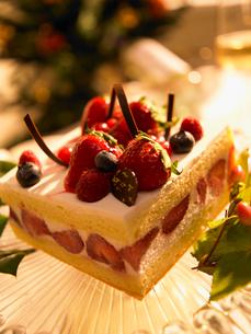 いちごのケーキの写真素材 [FYI02997946]