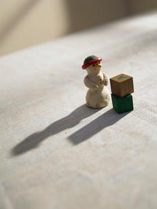 ゆきだるまの人形の写真素材 [FYI02997948]