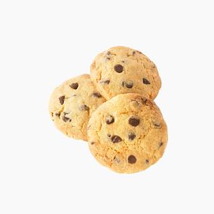 3枚のクッキーの写真素材 [FYI02998135]