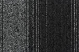 ストライプ模様のラグの写真素材 [FYI02998405]