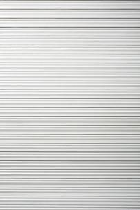 白いシャッターの写真素材 [FYI02998414]