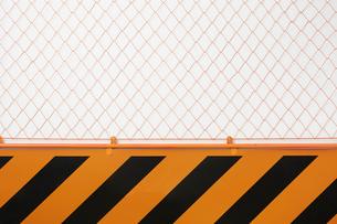 工事現場のフェンスの写真素材 [FYI02998422]