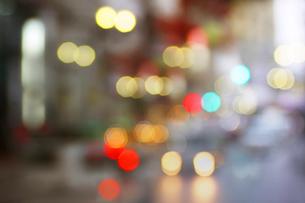街並みの夜景の写真素材 [FYI02998835]