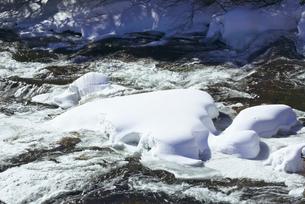 冬の竜頭の滝の写真素材 [FYI03001688]
