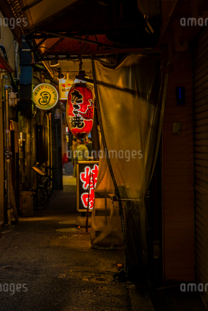 天神橋筋商店街の写真素材 [FYI03004879]