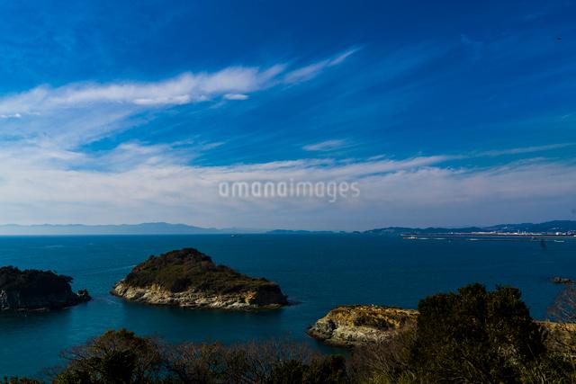 雑賀崎灯台から望む海の写真素材 [FYI03004932]