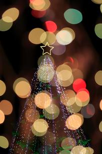 神奈川県宮ヶ瀬のクリスマスイルミネーションの写真素材 [FYI03005209]