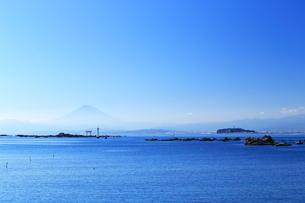 神奈川県,葉山から望む富士山の写真素材 [FYI03005473]