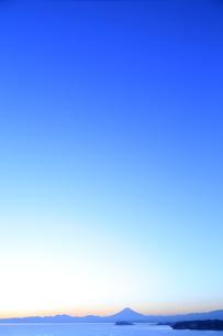 富士山と江の島の写真素材 [FYI03005479]