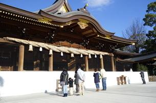 寒川神社の拝殿の写真素材 [FYI03005581]