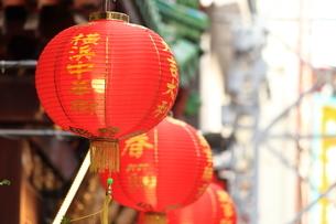 横浜 中華街の提灯の写真素材 [FYI03005702]