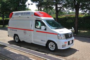 救急車の写真素材 [FYI03005821]