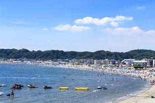 夏の材木座海岸の写真素材 [FYI03005916]