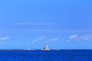 茅ヶ崎の烏帽子岩の写真素材 [FYI03005931]