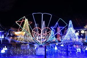 神奈川県 宮ヶ瀬のクリスマスイルミネーションの写真素材 [FYI03006208]