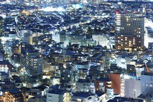 密集する東京の夜景の写真素材 [FYI03006263]