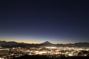 神奈川県秦野市から望む富士山の写真素材 [FYI03006266]